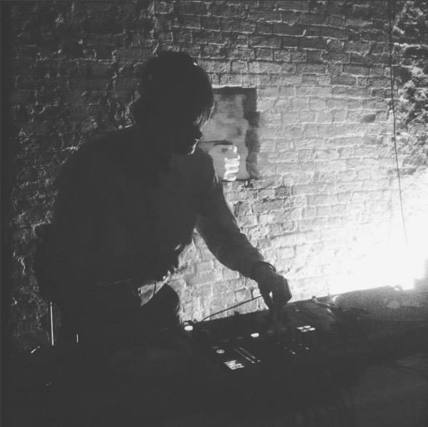 guestmix_4_torn_picture